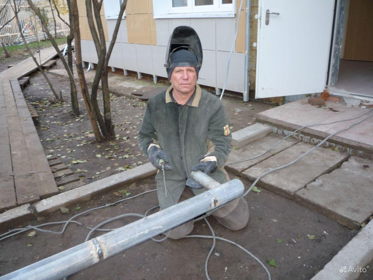 Сварщик-сантехник опыт работы 20 лет свой инструмент ,свой а/м розливы,стояки,металлоконструкции 5 разряд