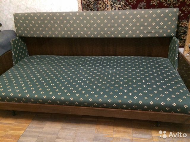 Диван кровать   б у
