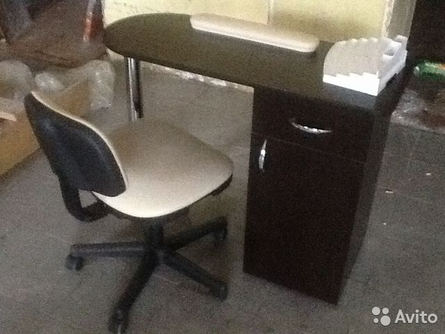 Маникюрный столик  б/у авито