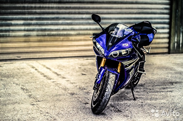 2009 yamaha yzf-r1 1024 x 768 wallpaper