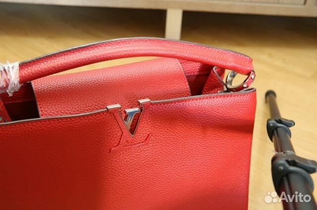 Светло-розовая сумка LOUIS VUITTON CAPUCINES MM