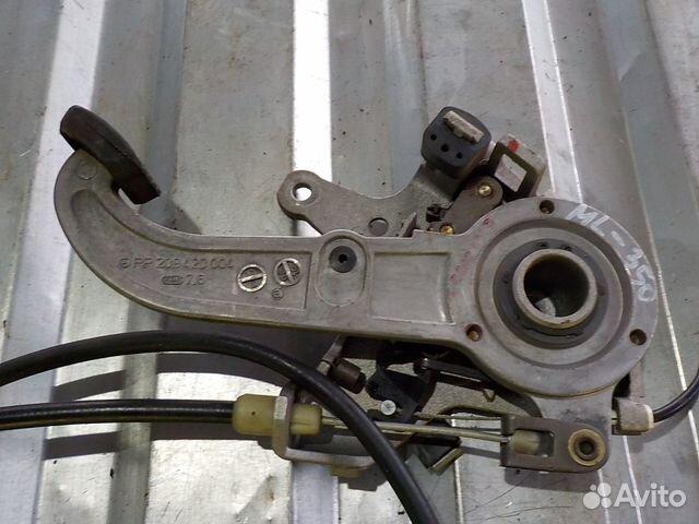 шипит педаль тормоза на мерседес ml 163
