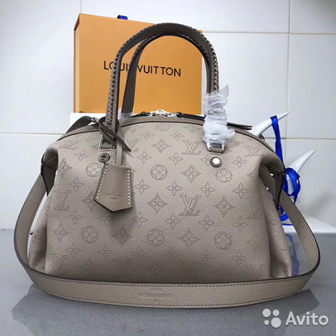 ee61b3494e30 Сумка Louis Vuitton Mahina asteria Пудровая Луи | Festima.Ru ...