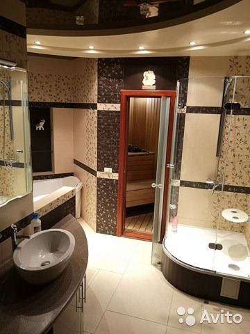 Продается четырехкомнатная квартира за 8 500 000 рублей. г Киров, ул Мопра, д 7.
