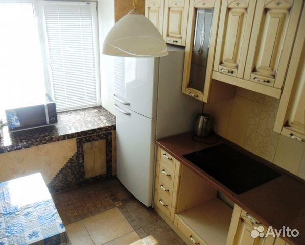 Продается двухкомнатная квартира за 2 400 000 рублей. г Киров, ул Московская, д 171.
