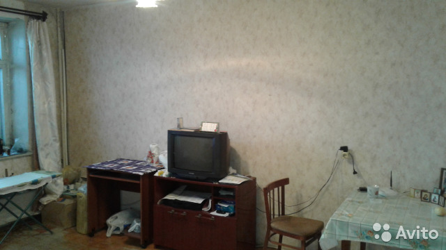 Продается двухкомнатная квартира за 1 990 000 рублей. г Киров, ул Пугачева, д 3А.