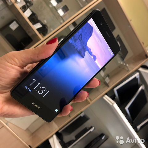Huawei P9 Lite 2/16Gb LTE NFC