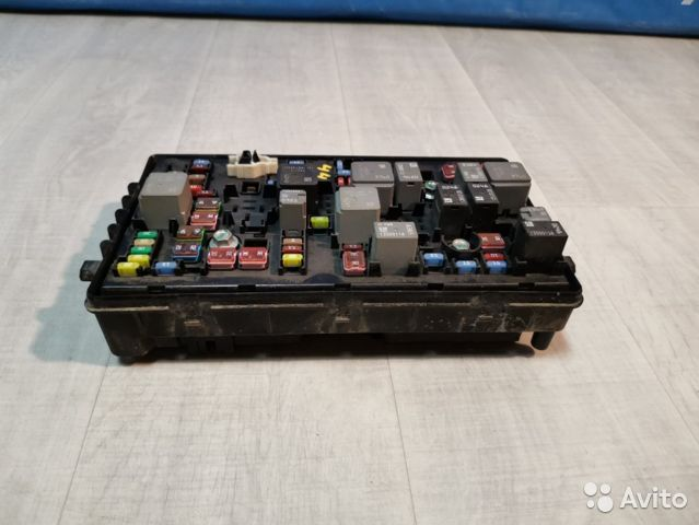 Блок предохранителей Chevrolet Cruze J300
