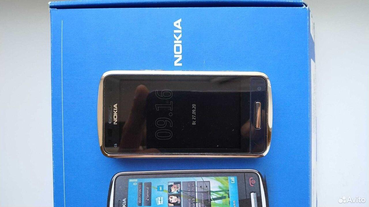 Телефон Nokia C6-01