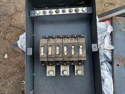 Ящик щитовой на 380 В