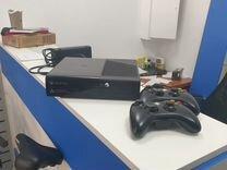 Xbox 360 + 2 геймпада
